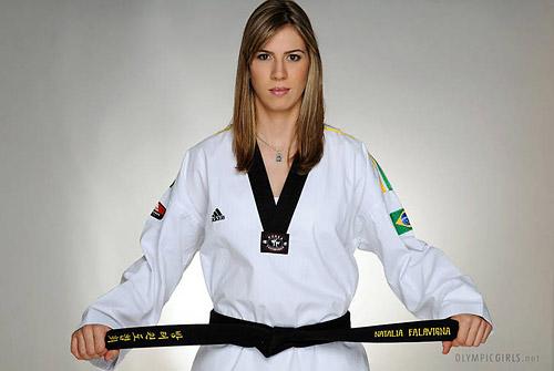 巴西跆拳道美女法拉维尼亚