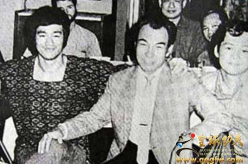 成龙洪金宝 盘点与李小龙合作过的功夫巨星